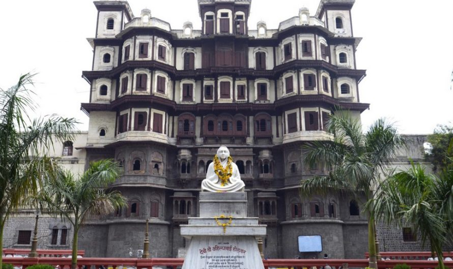6 Attractive Places to Visit Indore
