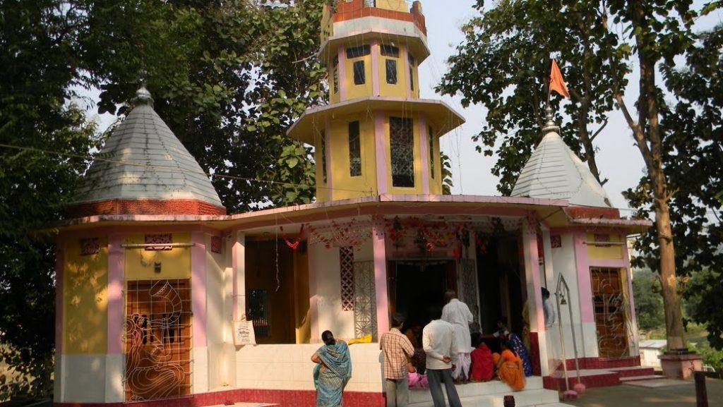 Kamaleswari Mandir khowai